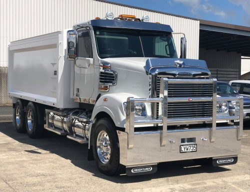 Freightliner Coronado with 4.9m steel tipping body